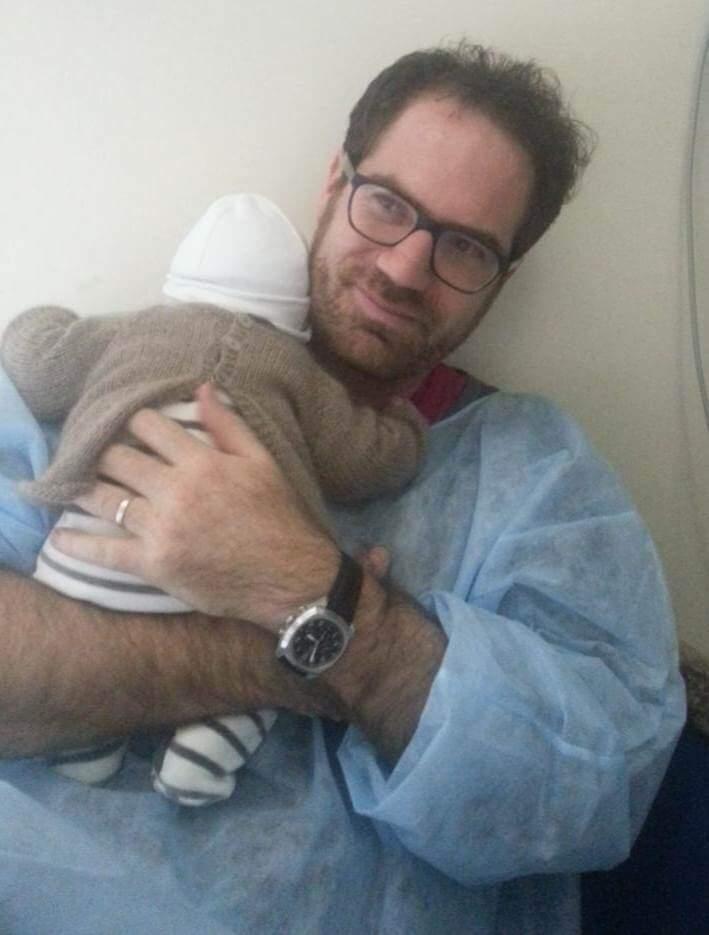 Gabriel et Ariel le jour de la naissance à la clinique
