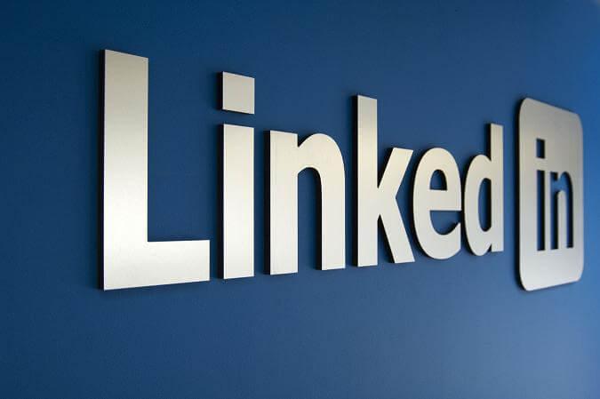 LinkedIn : le média social des entreprises qui se montrent