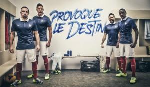 équipe de france de football photo joueurs vestiaire provoque le destin
