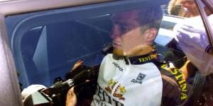 Richard Virenque dans une voiture suite à l'affaire Festina sur le Tour de France
