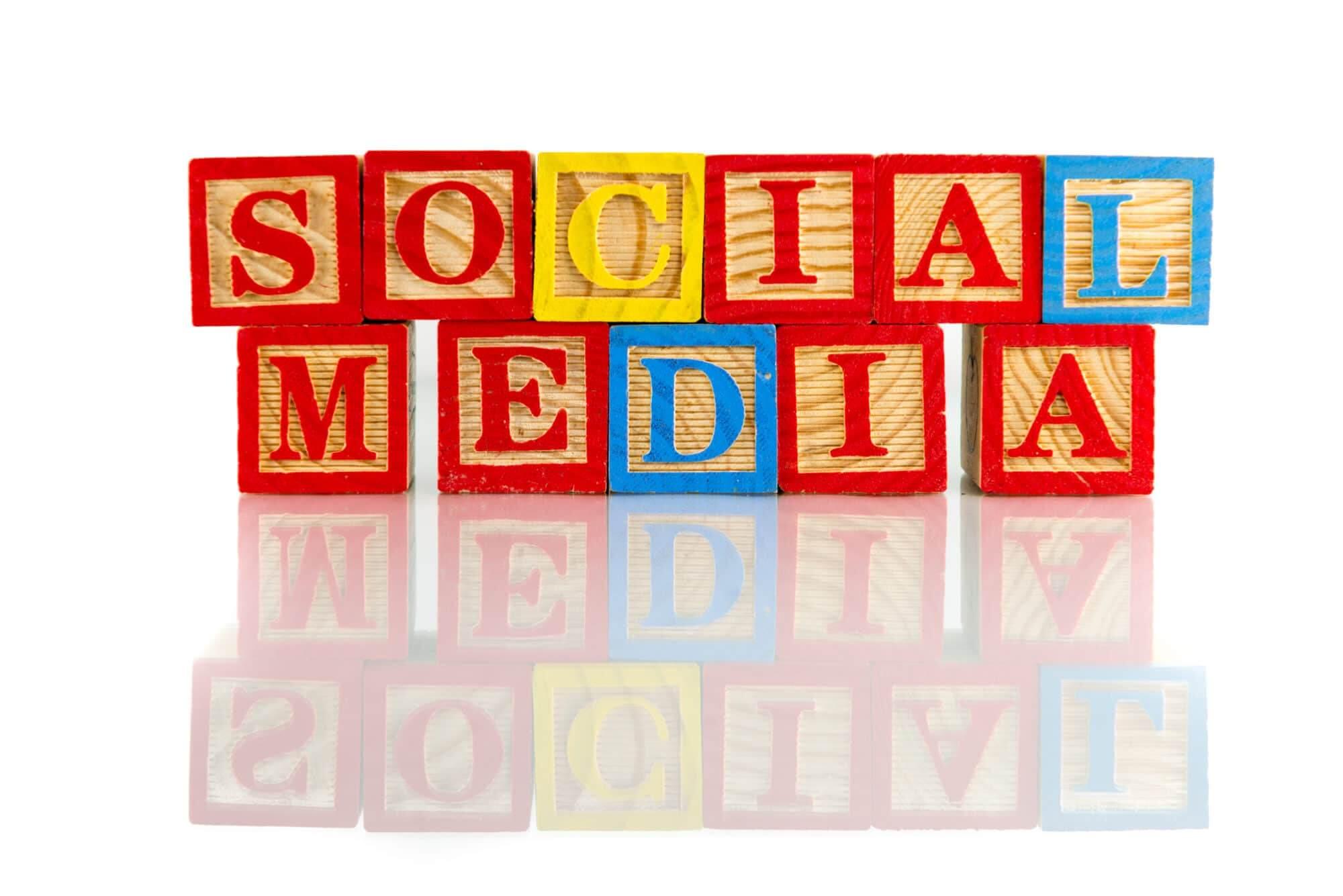Le Social Media expliqué par Gabriel Dabi-Schwebel et Kevin Dangu
