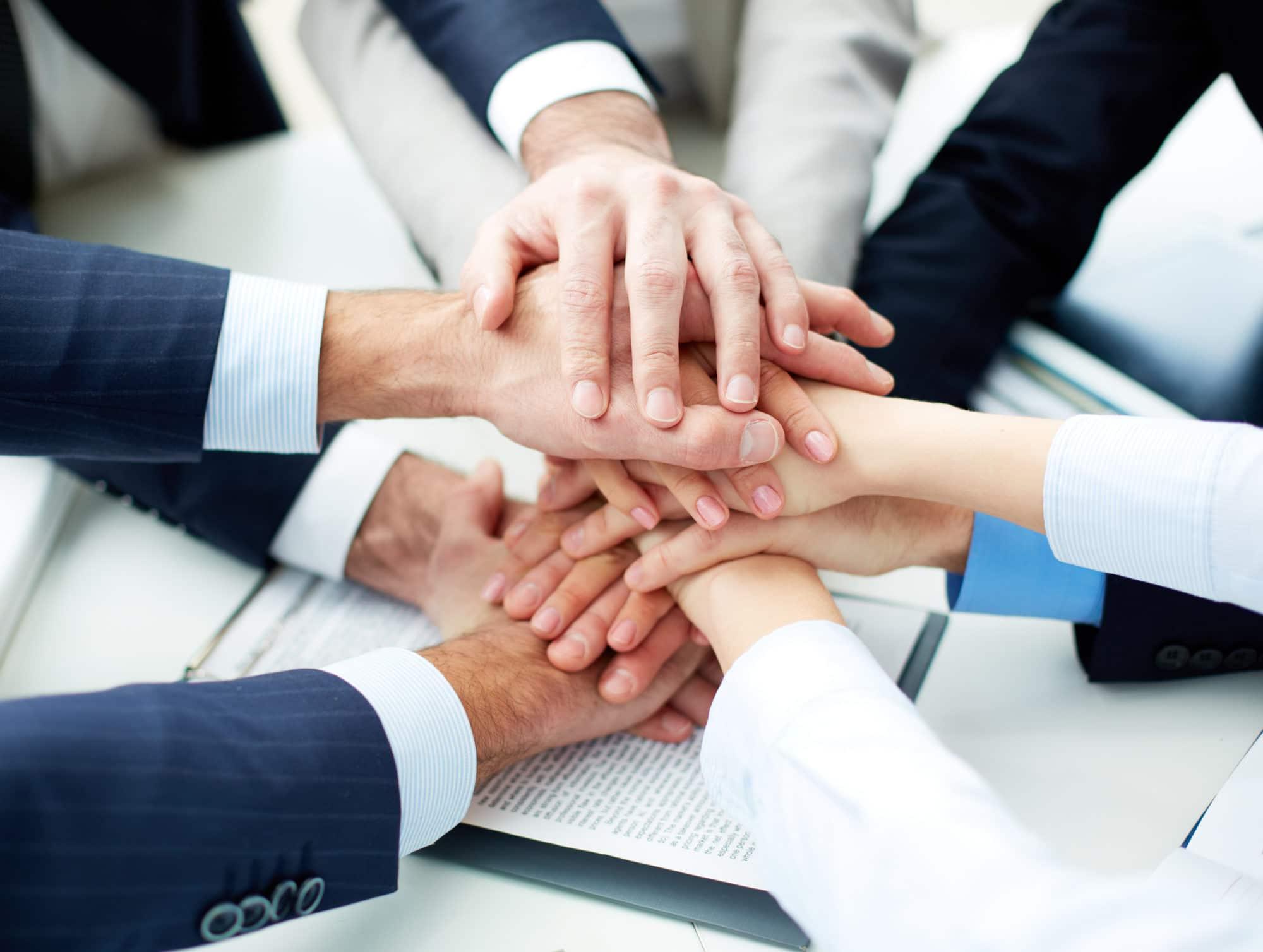 association et partenariat d'entreprise