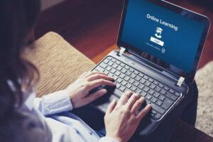 Certification en ligne, comment obtenir des diplômes sans retourner sur les bancs de l'école ?