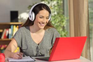 E-learning : Comment structurer vos cours pour les rendre intéressants